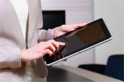 Dzięki instalacji pulpitu zdalnego na tablecie, oszczędzisz dużo czasu