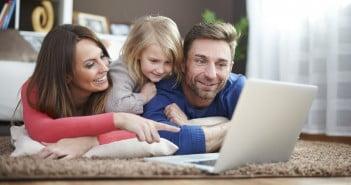 Postanowiliśmy przebadać, jaki wpływ mają urządzenia mobilne na relacje rodziców ze swoimi dziećmi.