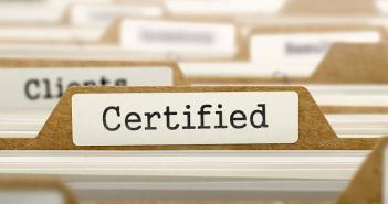 Partnerzy, którzy przejdą przez wszystkie podstawowe treningi i testy stają się Certyfikowanymi Partnerami Technicznymi AVG.
