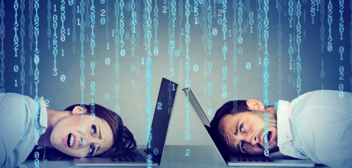 Sprzedaż nielegalnego oprogramowania jest wysoko karana. Dlatego nie warto ryzykować sprzedaż pirackiej wersji oprogramowania.