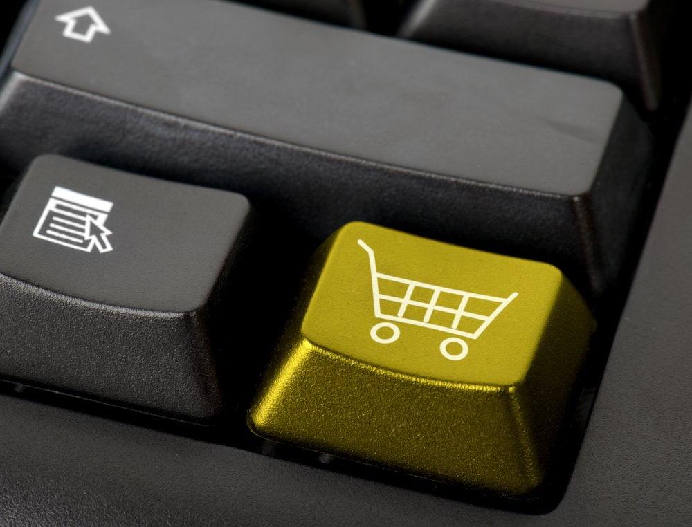 Funkcja ochrony stron informuje o możliwości skorzystania z fałszywej strony www.
