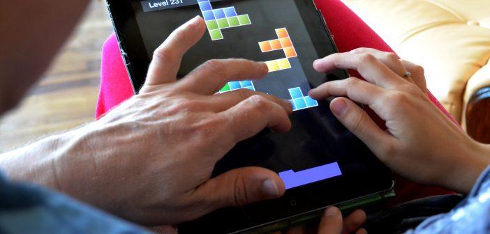 Klasyczne gry z dzieciństwa – warto je sobie przypomnieć!