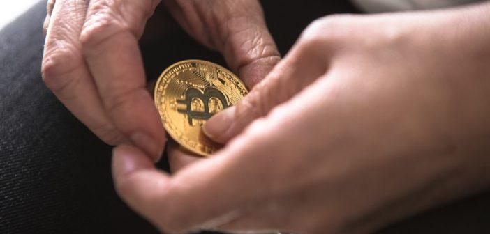 W jaki sposób anonimowo płacić walutą bitcoin?