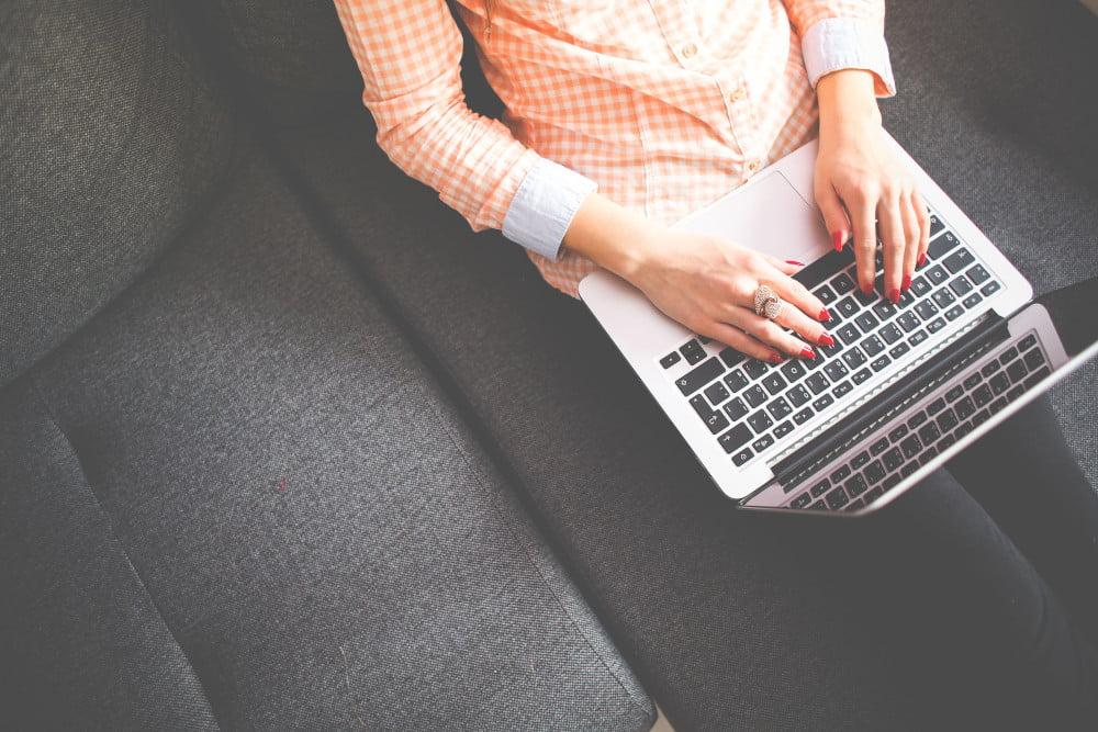Czym jest hosting a czym jest domena.