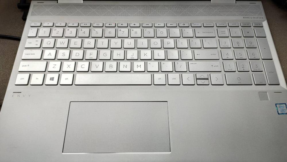 Wymiana klawiszy oraz całej klawiatury w laptopie.