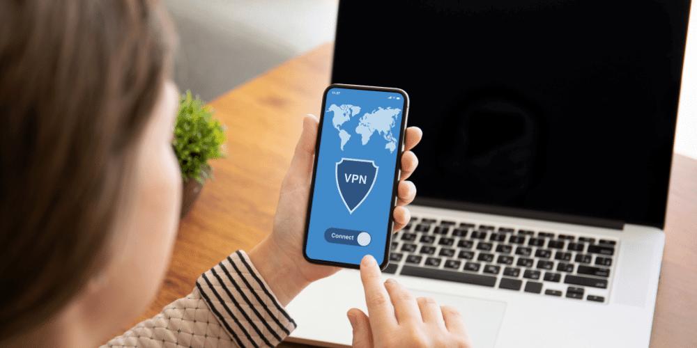 Korzystanie z publicznych sieci wi-fi jest bezpieczne tylko z VPN.