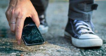 Kiedy jest czas na wymianę wyświetlacza w smartfonie?
